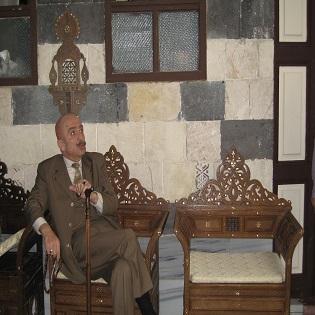 L'attore siriano Sallum Haddad sul set di una musalsal. Damasco, marzo 2011.