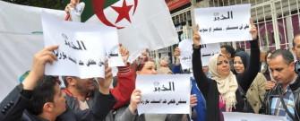 sit-in di protesta in solidarietà del giornale El-Khabar